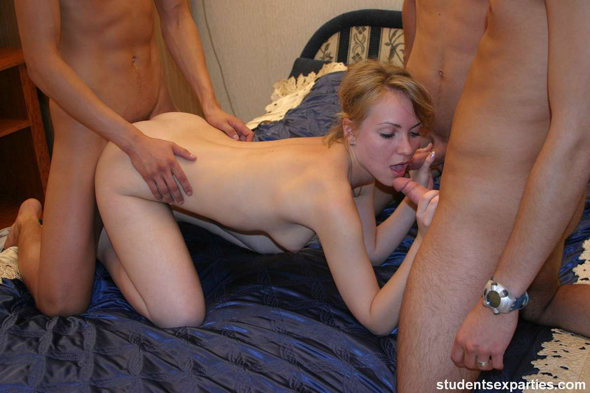 mature mom fucks young son