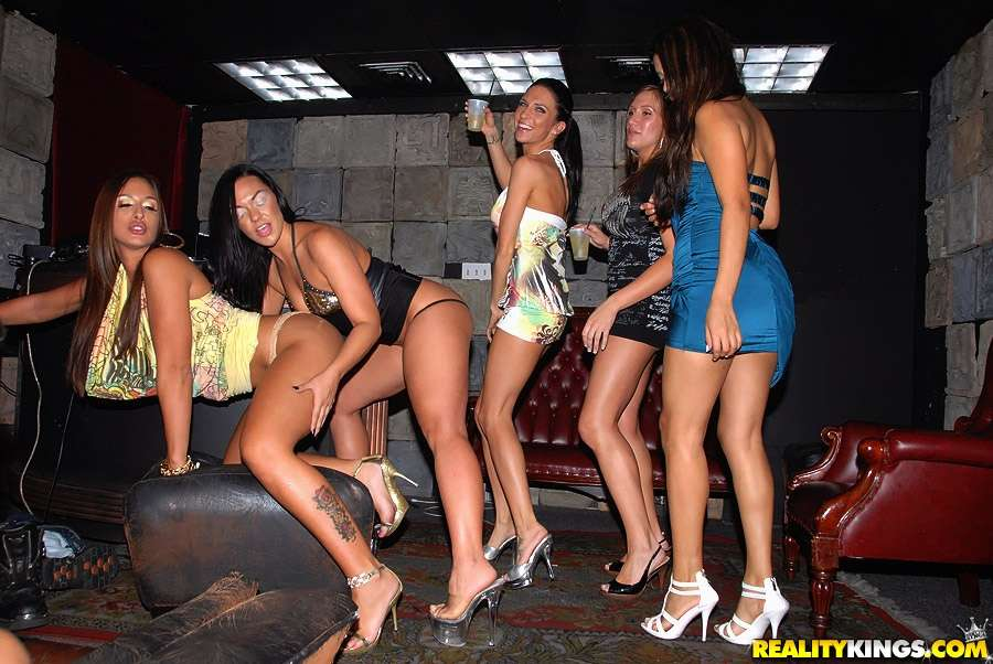 Vip Sex Pic Porn Videos Pornhubcom