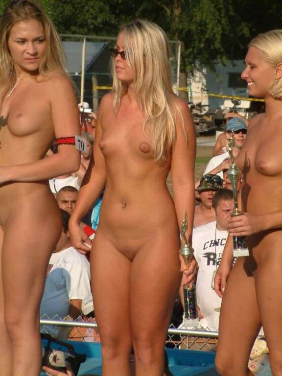 Women Nude Spring Break