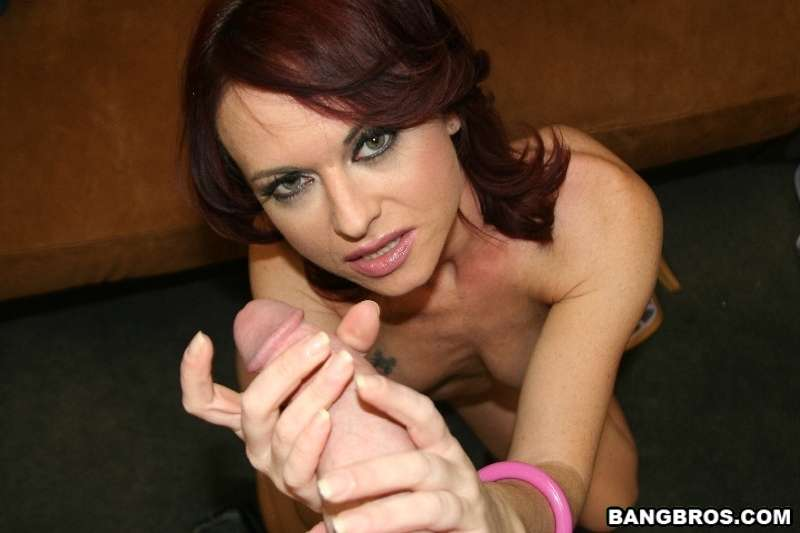 Handjob by hot action cop
