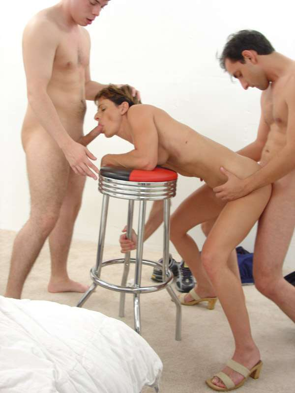 Two boys and one girl doing some hot things 1